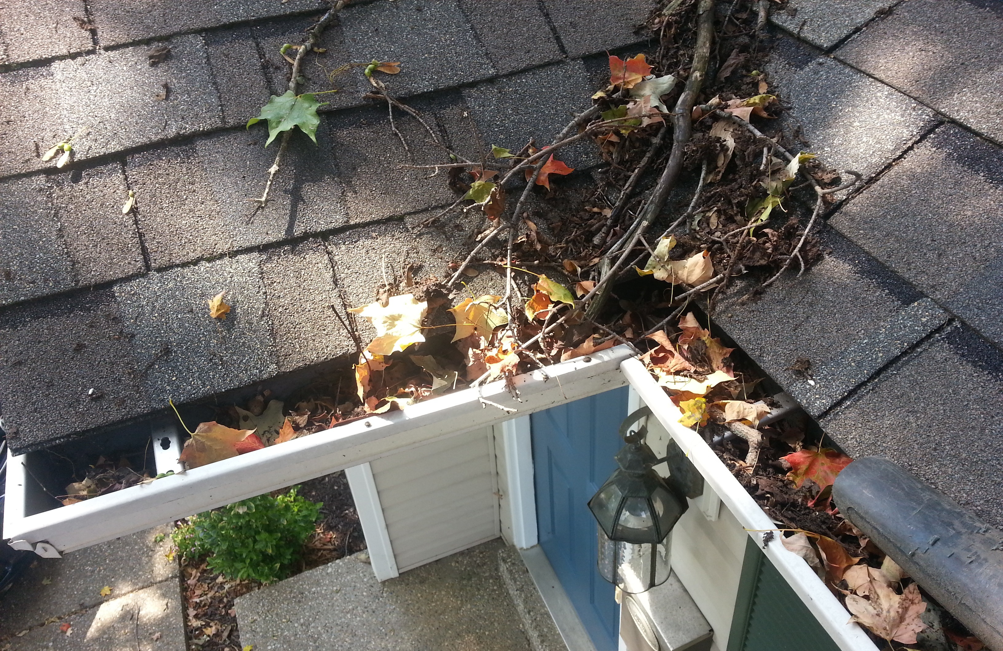 How To Do Gutter Cleaning On Your Own In Mckinney Allen